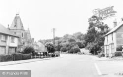 Bath Road c.1960, Woolhampton