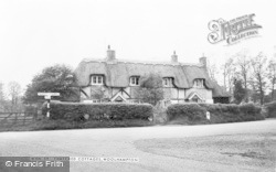 Woolhampton, Thatched Cottages c.1965