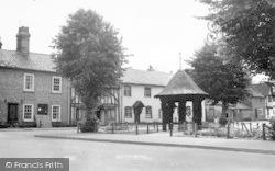 Woolpit, The Pump Gardens c.1955