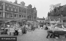 Read this memory of Woolwich, Greater London.