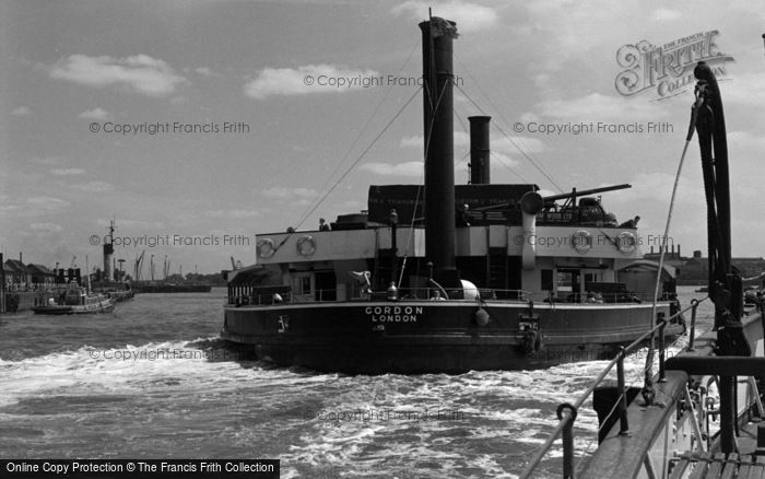 Photo of Woolwich, The Ferry, 'gordon' 1961