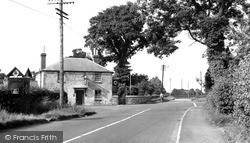 Wootton Bassett, Cross Roads, Coped Hall c.1955