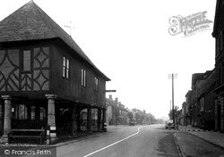 Wootton Bassett, High Street And Town Hall c.1950