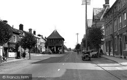 Wootton Bassett, High Street c.1955