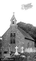 Wootton Bridge, St Edmund's Church c.1955