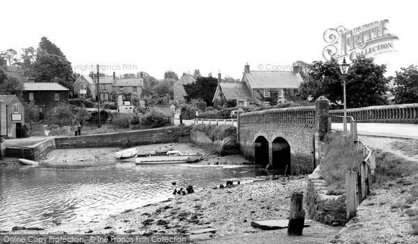 Wootton Bridge photo