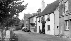 Wootton Bridge, The Sloop Inn c.1955