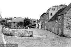 Wootton Bridge, Village 1950