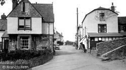Wootton Courtenay, 1933