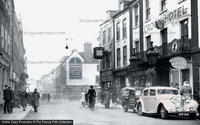 Photo of Worcester, Broad Street And Crown Hotel c.1950