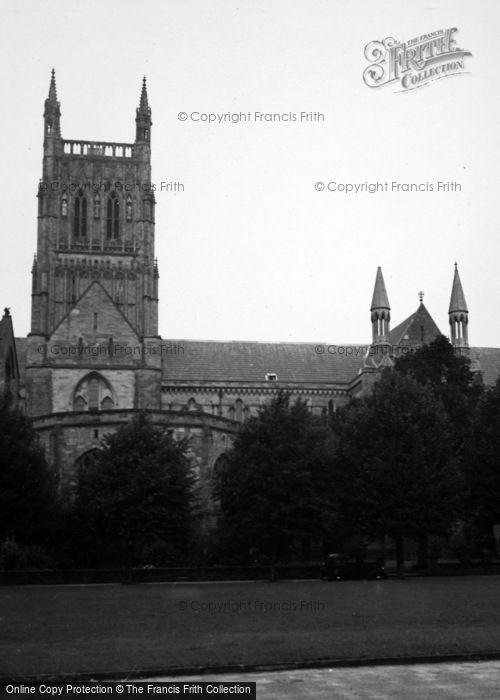 Photo of Worcester, Cathedral 1948