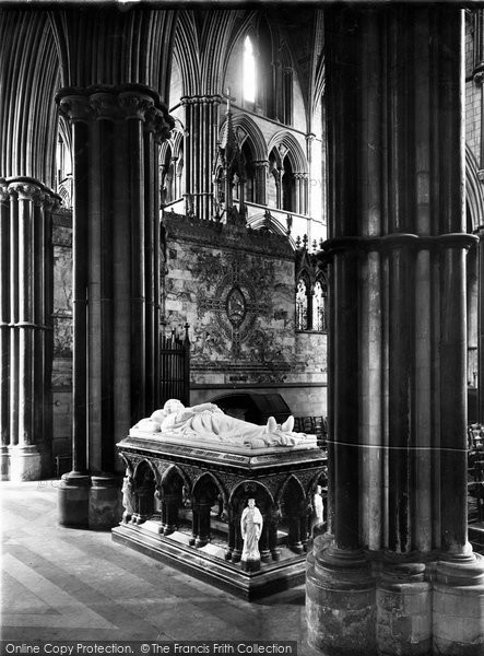 Photo of Worcester, Cathedral, Dudley Monument 1925