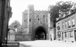 Worcester, Cathedral Gateway c.1890