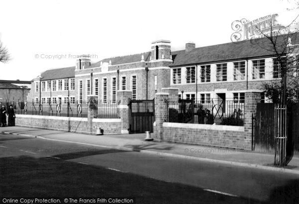 Photo of Worcester, Christopher Whitehead School, St John's c.1950