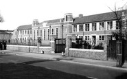 Worcester, Christopher Whitehead School, St John's c1950