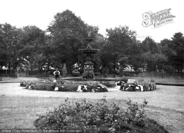 Photo of Worcester, Cripplegate Park c.1955