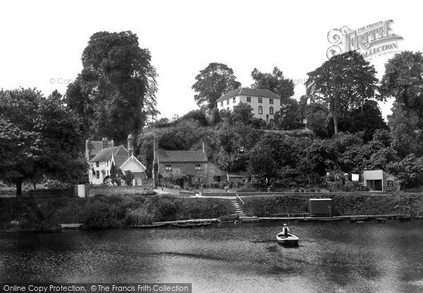 Photo of Worcester, Dog And Duck Ferry 1906