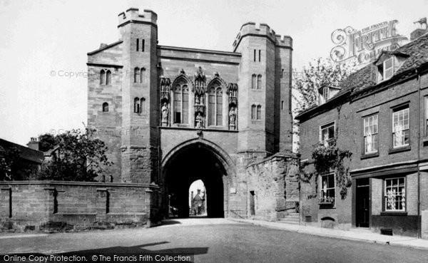 Photo of Worcester, Edgar Tower 1910