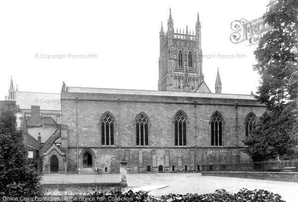 Photo of Worcester, King's School 1906