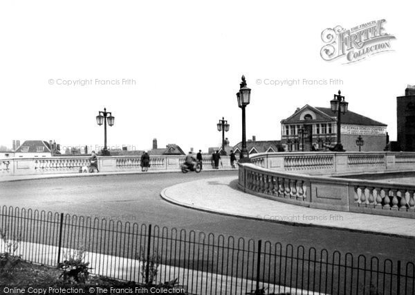 Photo of Worcester, New Bridge 1933