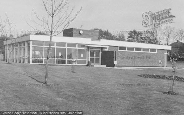 Photo of Worcester Park, Auriol Park c.1965