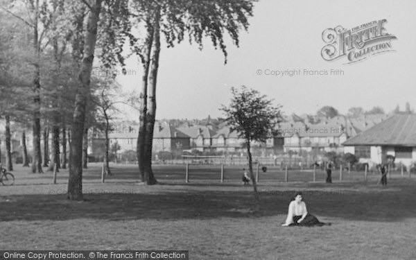 Photo of Worcester Park, Cuddington Recreation Ground c.1950