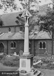 Worcester Park, The War Memorial c.1955