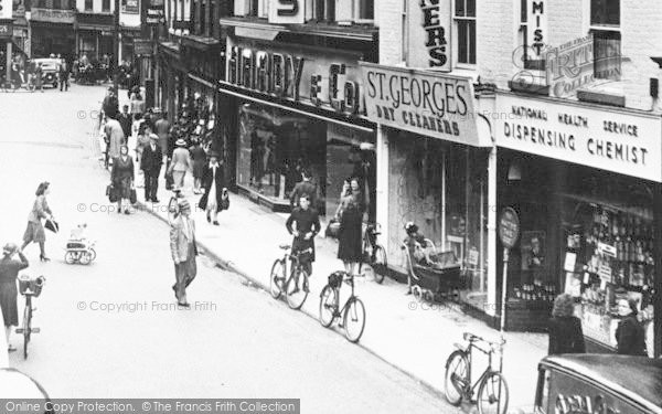 Photo of Worcester, People In St Swithin's Street c.1950