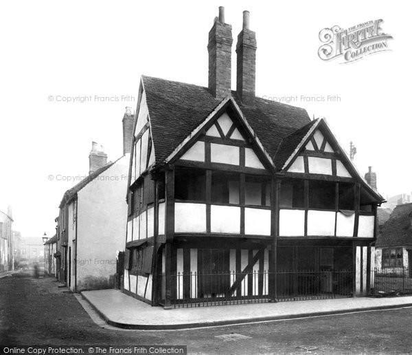 Photo of Worcester, Queen Elizabeth's House 1896