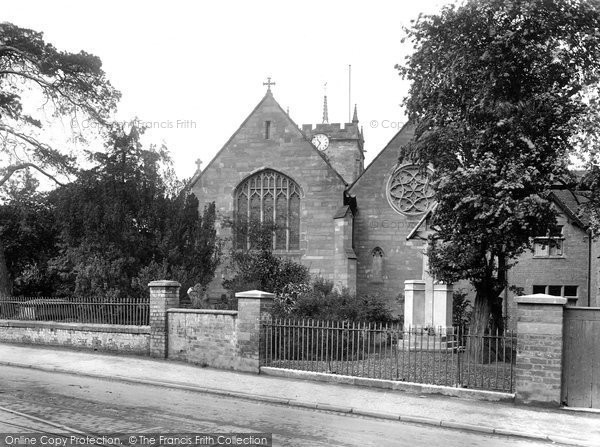 Photo of Worcester, St John's Church 1925