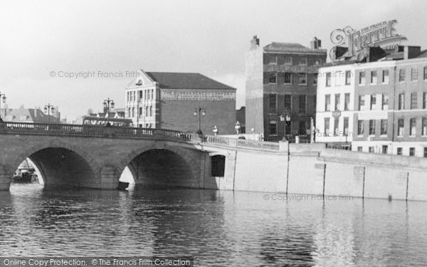 Photo of Worcester, The Bridge And Warehouses c.1960