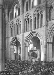 Worcester, The Cathedral Interior, Across The Nave 1907