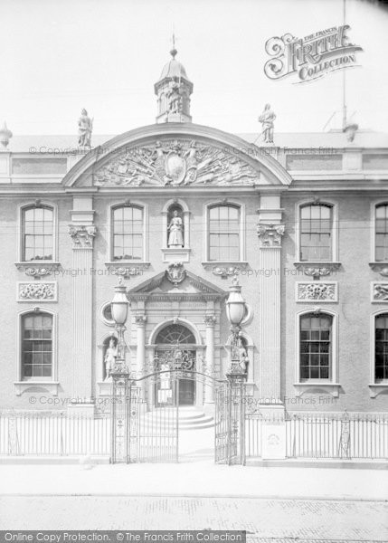 Photo of Worcester, The Guildhall 1904