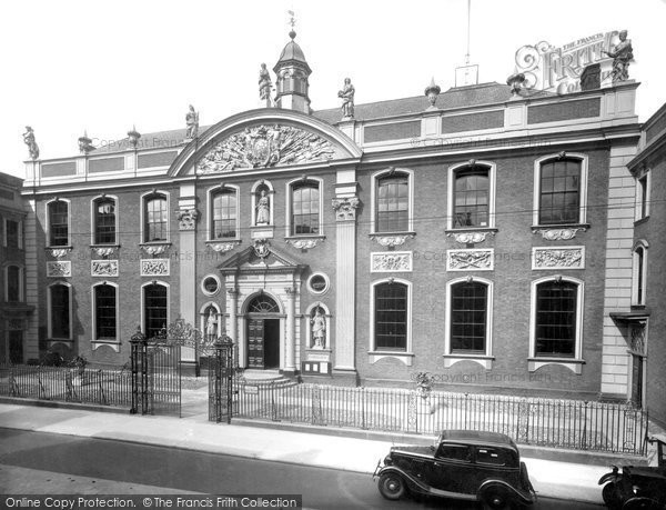 Photo of Worcester, The Guildhall 1936