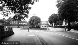 Worcester, The Roundabout, St John's c.1960
