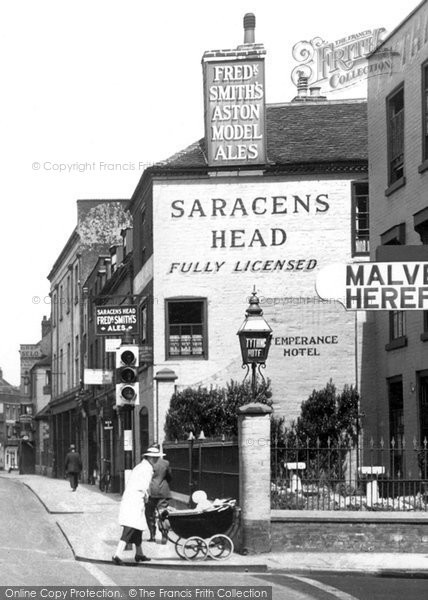 Photo of Worcester, The Saracens Head 1936