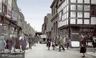 Worcester, the Shambles c1950
