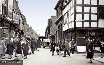 Worcester, the Shambles c1950