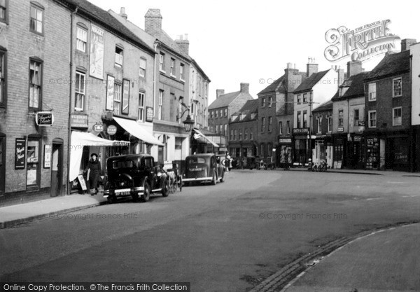 Photo of Worcester, The Square, St John's c.1950