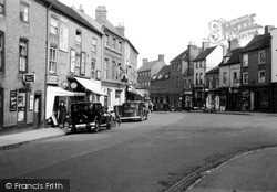 Worcester, The Square, St John's c.1950