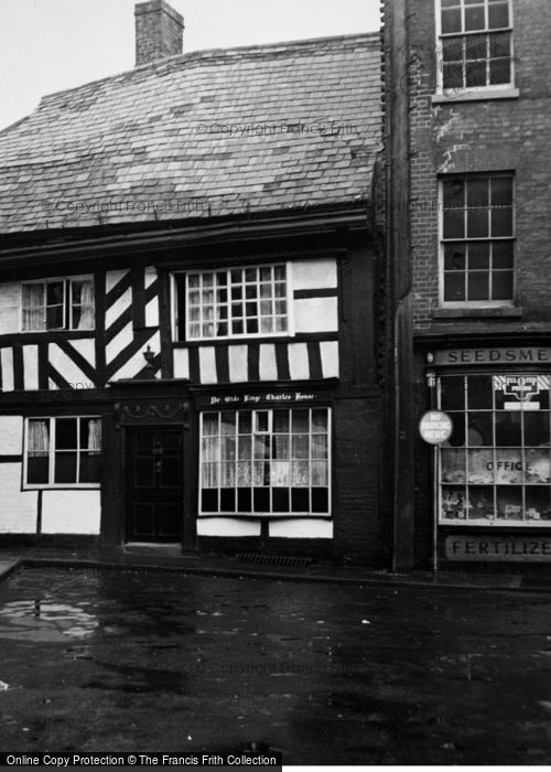 Photo of Worcester, Ye Olde Kinge Charles House 1951