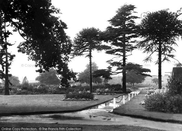 Photo of Wordsley, The Park c.1960