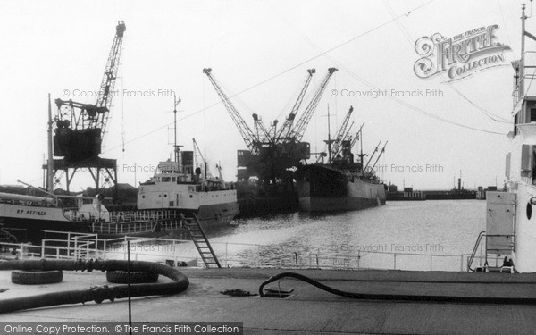 Photo of Workington, the Docks c1950, ref. W316027