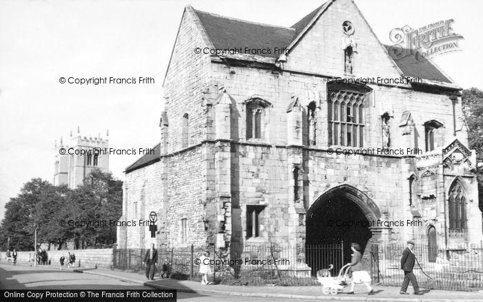 Photo of Worksop, Priory c.1955