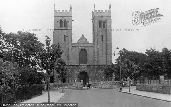 Photo of Worksop, Priory Church c.1955