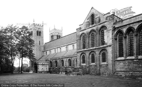 Photo of Worksop, Priory Church c.1965
