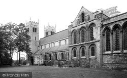 Worksop, Priory Church c.1965