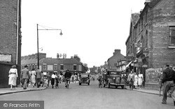 Worksop, Victoria Square c.1955