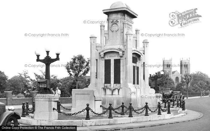 Photo of Worksop, War Memorial c.1955