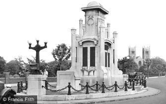 Worksop, War Memorial c1955